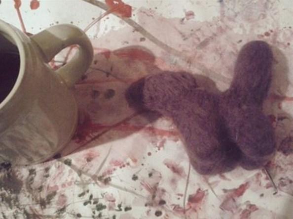 Fioletowy lis na kolorowym spacerze...
