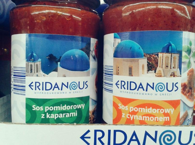 Greckie sosy pomidorowe z dodatkami.
