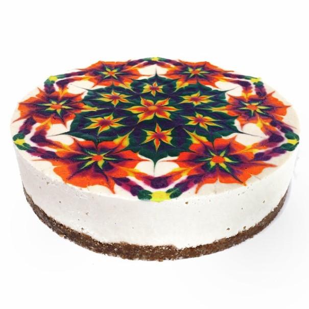 mandala-vegan-cakes-stephen-mccarty-2-605x605[1]
